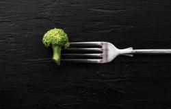 رژیم خوراکی ضدپیری | چگونه دیر پیر شویم؟ | مجله سلامت یاثار