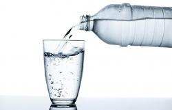آیا نوشابه رژیمی چاق کننده است؟ آب بنوشید و لاغر شوید | مجله سلامت یاثار