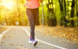 چگونه با پیاده روی سریع، زودتر لاغر شویم؟ 7 راه لاغری تضمینی با پیاده روی هر روزه | مجله سلامت یاثار