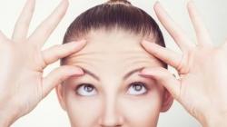 مناسبترین شیوه ها برای از بین بردن چین و چروک پوست صورت | مجله سلامت یاثار