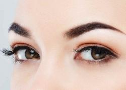 با کاشت موی ابرو برای همیشه از مدادهای آرایشی خلاص شوید! کلینیک رویان تندرستی | مجله سلامت یاثار