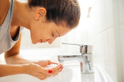 7 عادات صبحگاهی برای پوست عالی داشتن | مجله سلامت یاثار