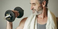 مناسبترین تمرینات قدرتی برای آقایان بالای 40 سال | مجله سلامت یاثار