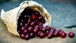 جدول اهمیت خوراکی آلبالو - ویتامین ها، مواد معدنی و کالری آلبالو | مجله سلامت یاثار